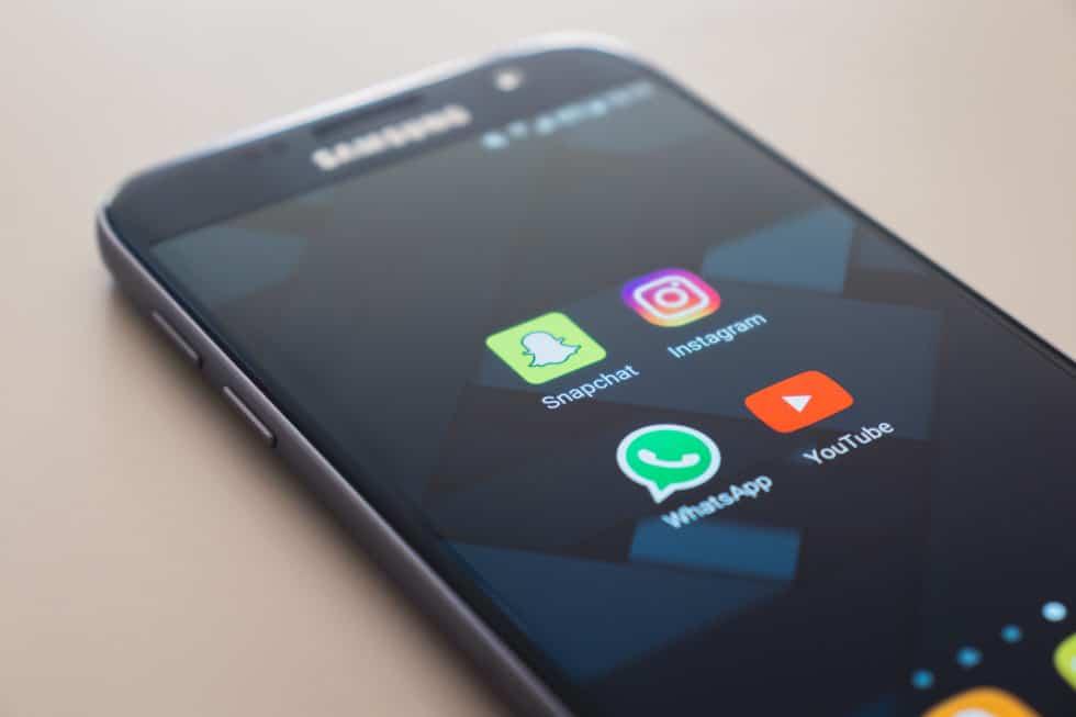 """Instragram-Shopping – Wie sich das einstige """"soziale Medium"""" zum kommerziellen Online-Marktplatz entwickelt"""