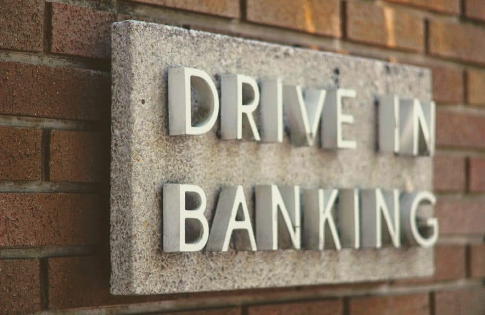 CHECK24 wird Bank